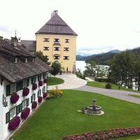 Das Foto wurde bei Schloss Fuschl Resort & Spa, Fuschlsee-Salzburg von Petra K. am 9/9/2013 aufgenommen