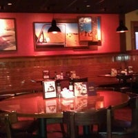 Photo taken at Outback Steakhouse by Dan T. on 11/20/2012