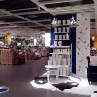 Das Foto wurde bei IKEA von Olya T. am 12/30/2013 aufgenommen
