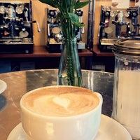 Das Foto wurde bei Kessel's Espresso Studio von Edyta W. am 3/2/2018 aufgenommen