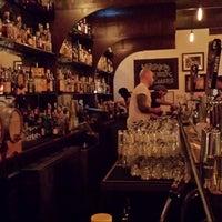 12/14/2013 tarihinde Frank D.ziyaretçi tarafından Rochelles NYC'de çekilen fotoğraf
