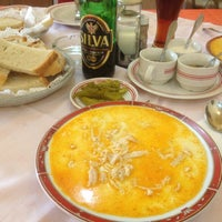 Foto tomada en Restaurant Kontiki por Gheorghe A. el 2/17/2013