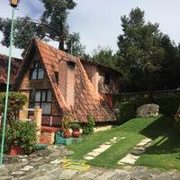 Photo taken at Villa Alpina El Chalet by Aldo R. on 10/23/2016