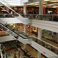 Foto tirada no(a) Via Brasil Shopping por Marcelo C. em 1/16/2013