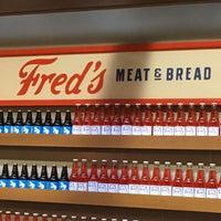 2/4/2018 tarihinde Martin D.ziyaretçi tarafından Fred's Meat & Bread'de çekilen fotoğraf