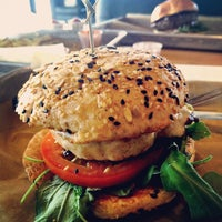 Photo taken at Hopdoddy Burger Bar by Neri R. on 1/3/2015