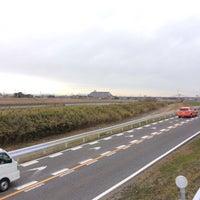 Photo taken at 庄内川 by Damkichi on 1/23/2016