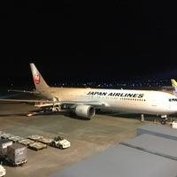 Photo taken at 阿蘇くまもと空港 展望デッキ by Damkichi on 3/16/2017