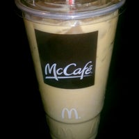 Photo taken at McDonald's by John Mateo 🇮🇹 on 3/23/2013