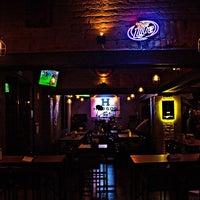 Foto tomada en Hudson Bar por Hudson Bar el 2/16/2014