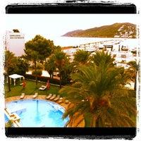 Foto tomada en Aguas de Ibiza Lifestyle & Spa Hotel por Tange Y. el 9/24/2012