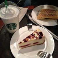 Photo taken at Starbucks by Avic on 10/11/2012