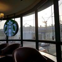 Photo taken at Starbucks by 서초동총각 on 1/17/2017