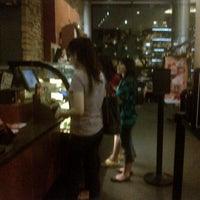 11/11/2012 tarihinde Eva O.ziyaretçi tarafından Starbucks Coffee'de çekilen fotoğraf