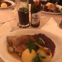 Das Foto wurde bei Restaurant Waldviertlerhof von Korhan Y. am 11/7/2017 aufgenommen