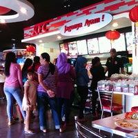 Photo taken at KFC by Alfurqon F. on 2/9/2014