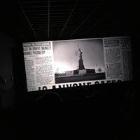 Photo taken at Cantones Cines by Rafael B. on 11/23/2016