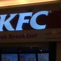 Photo taken at KFC by Brandenzzzz N. on 12/18/2013