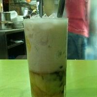 Das Foto wurde bei Xôi Chè Bùi Thị Xuân von shogo h. am 10/20/2012 aufgenommen