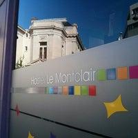 10/3/2014 tarihinde Asha M.ziyaretçi tarafından Hostel Le Montclair'de çekilen fotoğraf