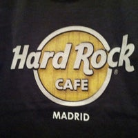 Photo taken at Hard Rock Cafe Madrid by Стас Т. on 8/9/2012