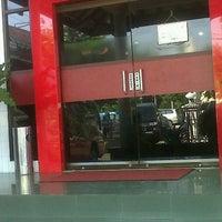 Photo taken at Bank Jatim by Asthon L. on 5/7/2013