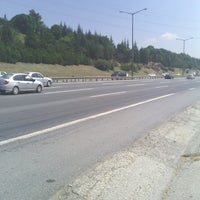 Photo taken at İzmit Yollarında by Bahtiyar U. on 8/24/2014