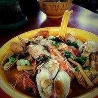 Photo taken at Restoran Yu Ai (友爱海鲜粉) by Ruth W. on 3/31/2013