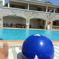 Photo taken at Dream Houses Pool Bar by Yagmur A. on 7/26/2014