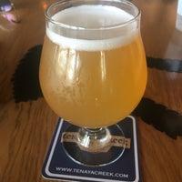 Снимок сделан в Tenaya Creek Brewery пользователем Jennifa R. 8/6/2018