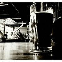 3/15/2013 tarihinde Carlos M.ziyaretçi tarafından Denver Beer Co.'de çekilen fotoğraf