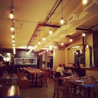 Photo prise au La Salle à Manger par David R. le10/20/2012