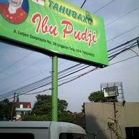 Photo taken at Tahu Baxo Bu Pudji by Setio S. on 2/16/2014