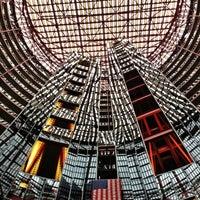 Photo prise au James R. Thompson Center par John B. le10/19/2012