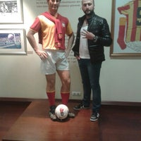 Photo taken at Galatasaray Kultur ve Sanat Merkezi by SEMİH Ç. on 12/25/2015