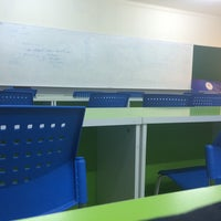 Photo taken at 405 IEP'S ROOM [612] by Chingg✨ on 5/18/2015