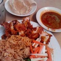 Photo taken at Restoran Al-Wadud by Mambang T. on 7/12/2014