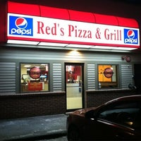 Photo taken at Red's Pizza & Grill by Mike L. on 11/24/2012