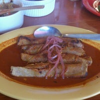 Photo taken at El Rincón De Moma by Serch L. on 11/20/2012