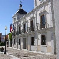 Photo taken at Ayuntamiento De Colmenar De Arroyo by Albus Albi A. on 2/9/2014
