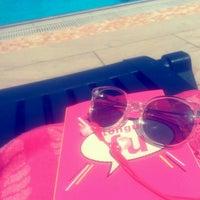 Photo taken at Mavi Yeşil Swimmingpool by Tuğba G. on 7/8/2016