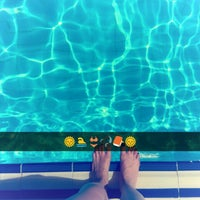 Photo taken at Mavi Yeşil Swimmingpool by Tuğba G. on 7/9/2016