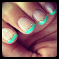 Photo prise au NY Nails par Krystle le4/19/2014