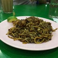 Photo taken at Restoran Hasilath by Alif L. on 7/14/2017