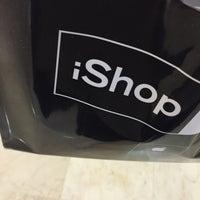 Photo taken at iShop by Rodrigo O. on 5/7/2015