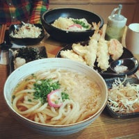 Photo taken at 가미우동 (神うどん) by hyeyeon J. on 11/3/2012