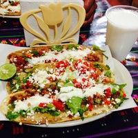 Photo taken at Huaraches El Primo by Emilio R. on 3/15/2014
