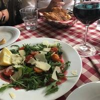 Foto tirada no(a) Taverna Del Borgo Antico por Cagla A. em 4/15/2018