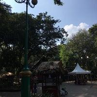 Das Foto wurde bei Pasar Seni Ancol von Akimo M. am 7/2/2017 aufgenommen