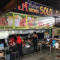 Photo taken at WONG SOLO by Akimo M. on 12/24/2016